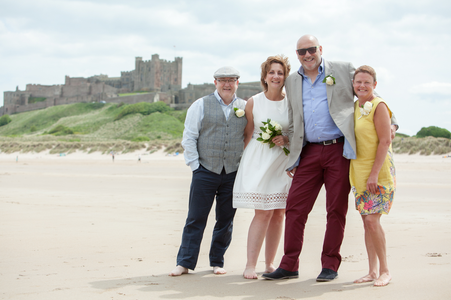 wedding-bamburgh-pictorial-elopement-friends-beach-1025.jpg