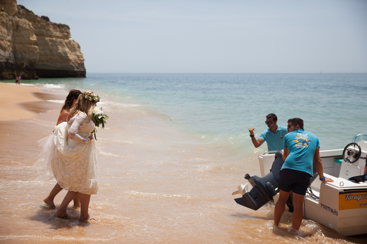 WEDDING_PORTUGAL_NOSOLOAGUA_CAVE_PICTORIAL_BERWICK-2267.jpg