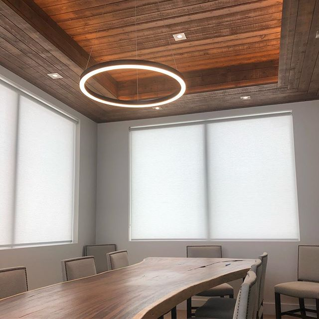 Now here's a boardroom that you would love to bring your clients to!😍
