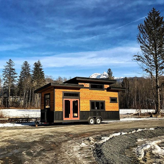 Finally pulled the #tinyhome out of the shop this morning to get some photos. Here is a little #teaser while we wait for the professional photos to come in.  Big thanks to Brian Aikens from #echoflex for coming out to take some photos. Note, this house is for sale either as is or fully finished. #timberwolfhomes #tinyhouse #microhouse #thow #squamish #cabinporn #tinyhomes