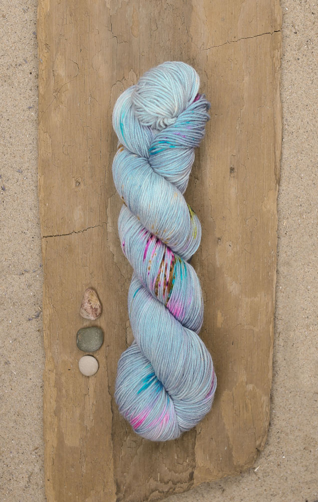 Tide Pools by Stitch Together Studio - the same colorway I used to make my pillow! Photo by  Wool & Honey .