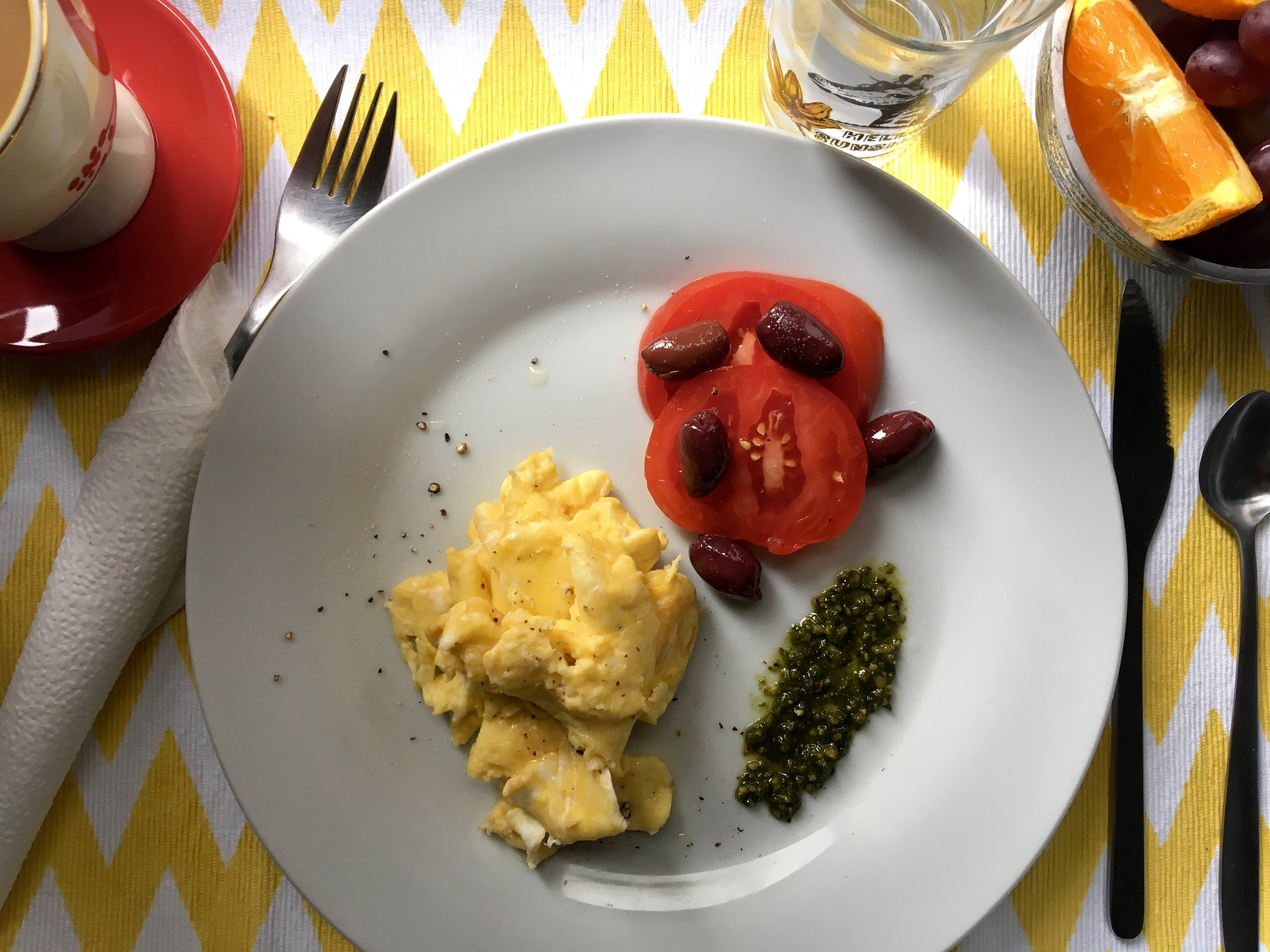 breakfast italian style: tomato, truffled eggs + pesto