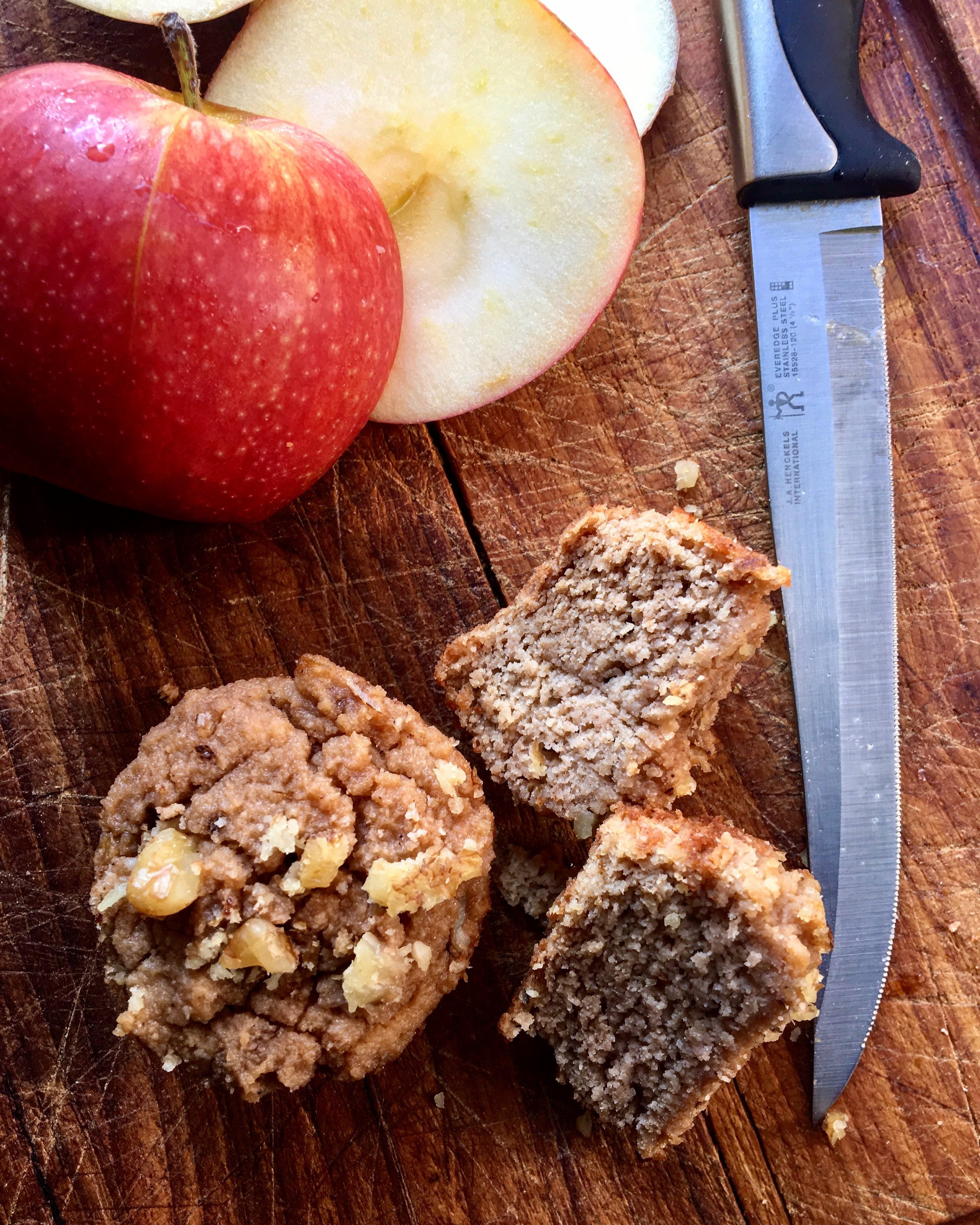 apple nut mini muffins