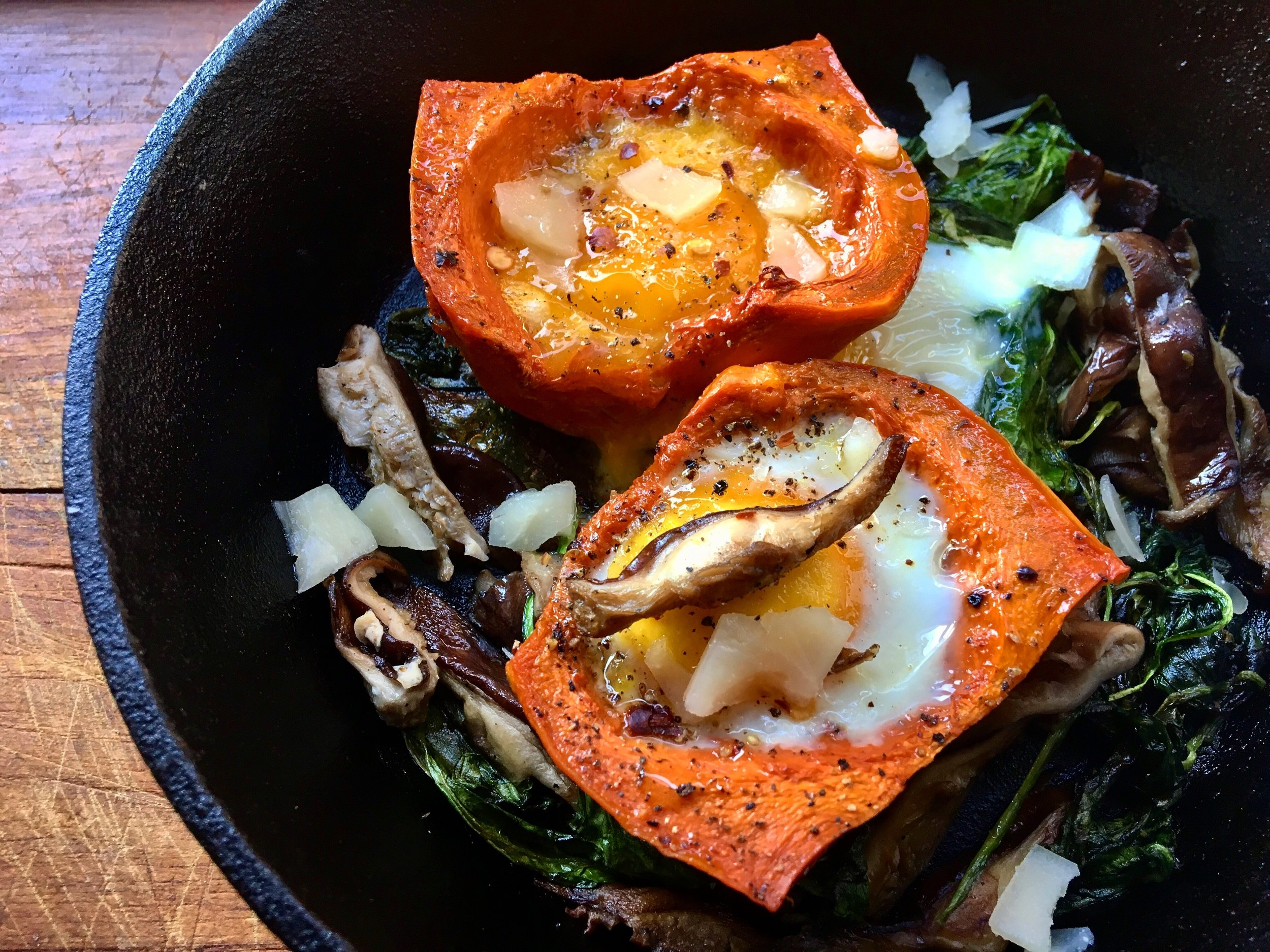 baked egg in roasted honey nut squash