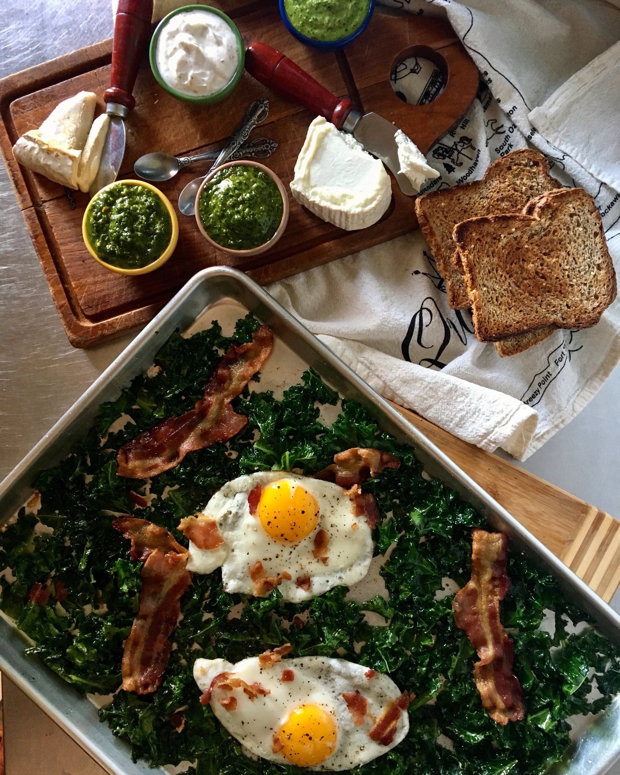 Brunch: All of the trimmings + Bacon Maple Kale with Sunnyside Eggs