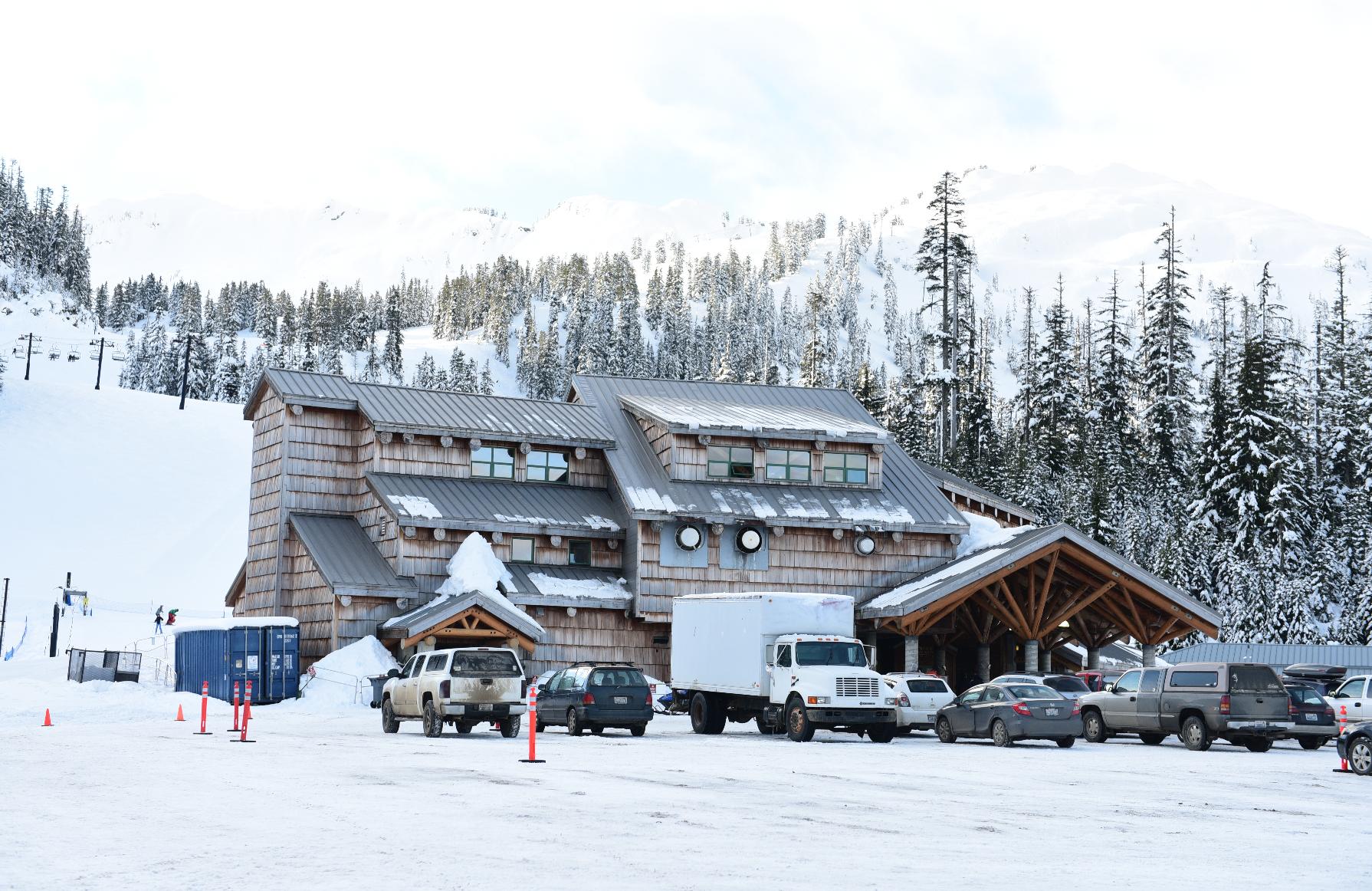 White Salmon Base Lodge