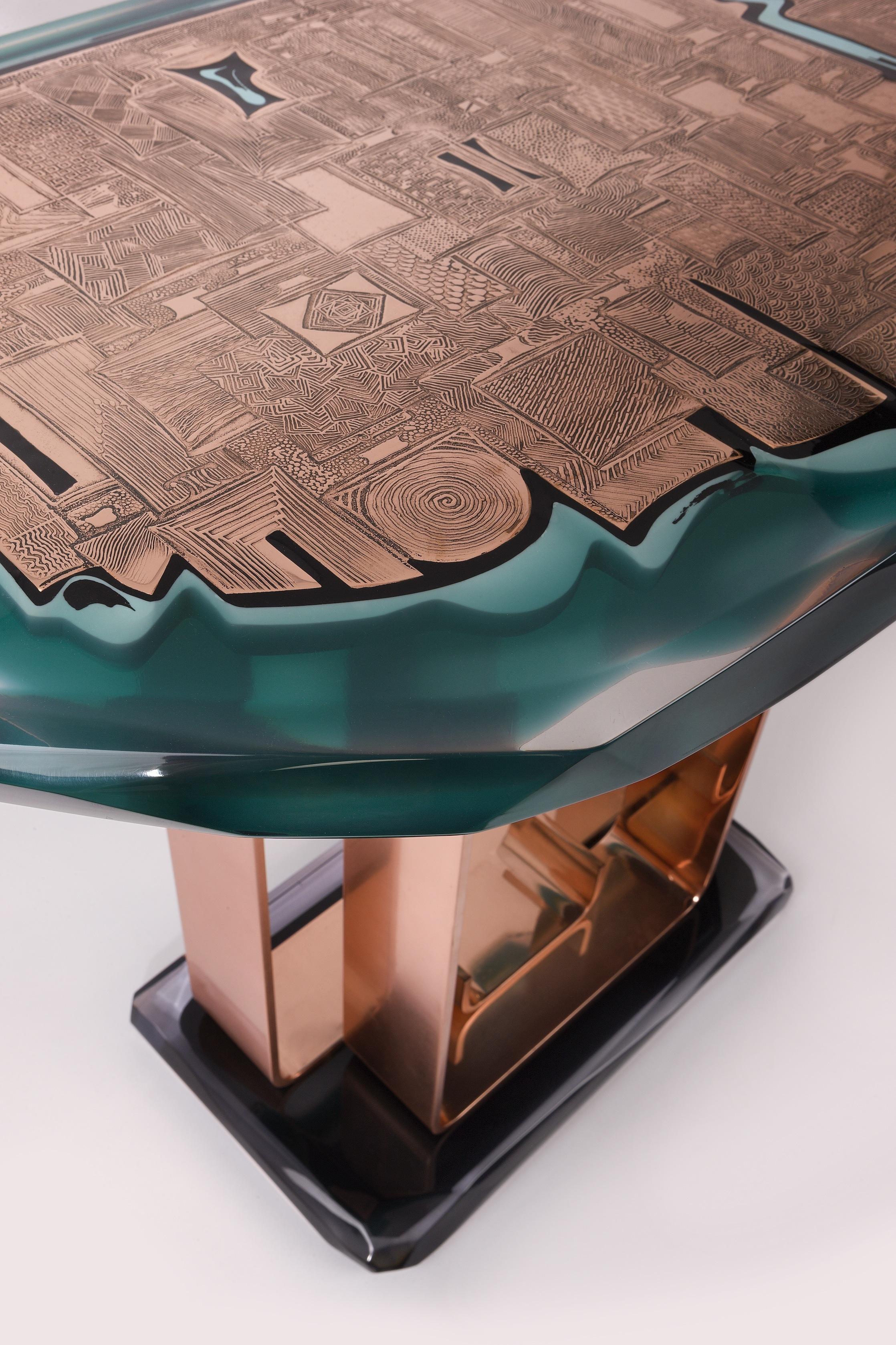 Cuir de Russie - Console - Cuivre gravé et résine - 110cm x 65cm x 92cmH