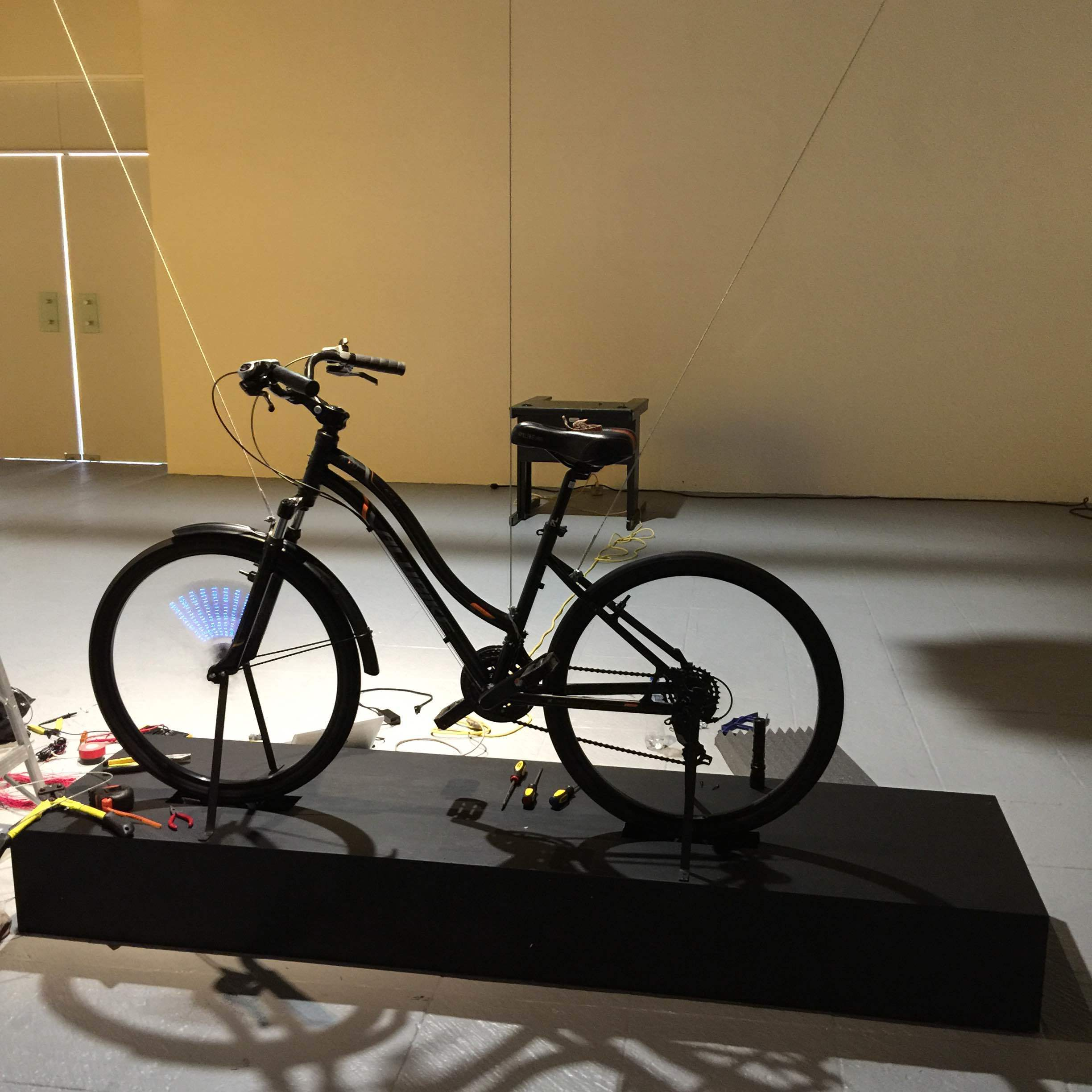 FOR ARTISTS - Interaction design for an art exhibit