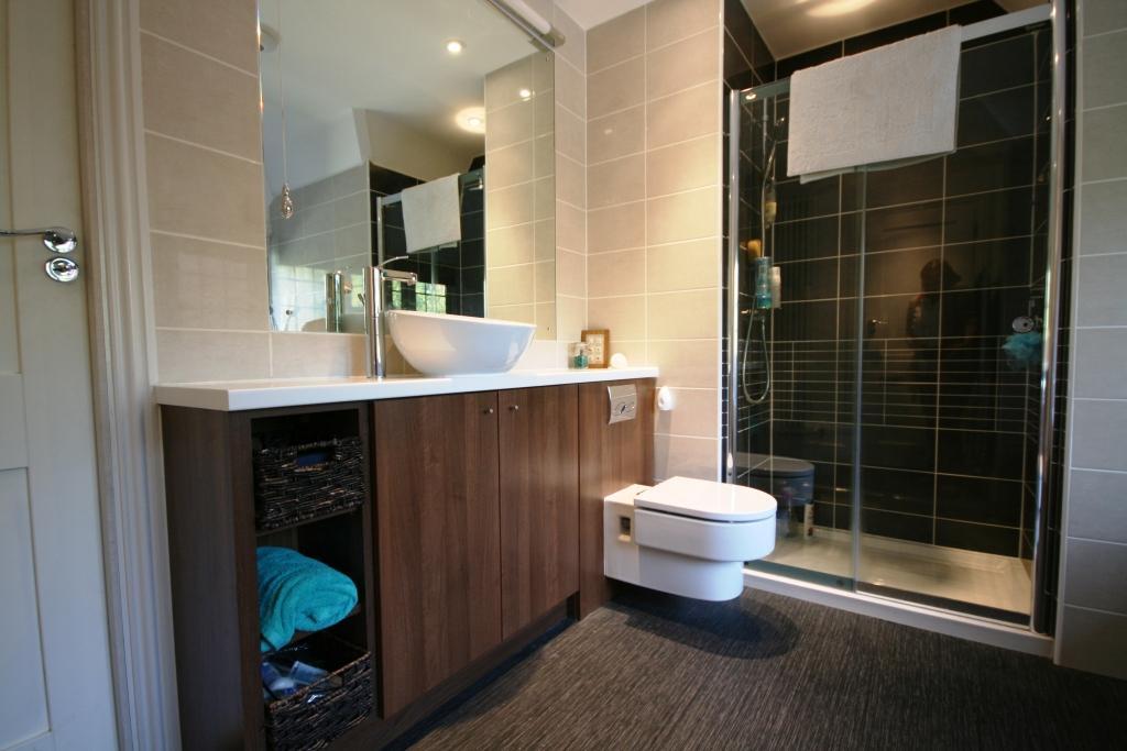Silverthorne Bathroom.jpg