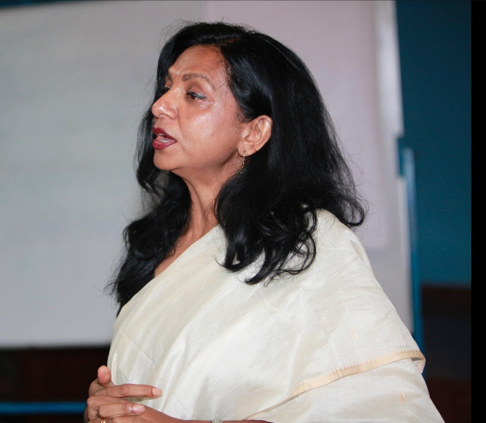 OMNIA Leader Soraya Deen addressing the importance of building power among women at Kandy Gathering