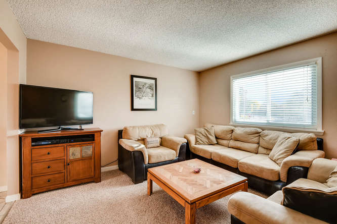 9162 Everett Way Westminster-small-004-5-Living Room-666x444-72dpi.jpg
