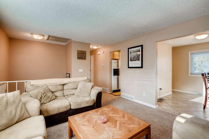 9162 Everett Way Westminster-small-006-27-Living Room-666x444-72dpi.jpg