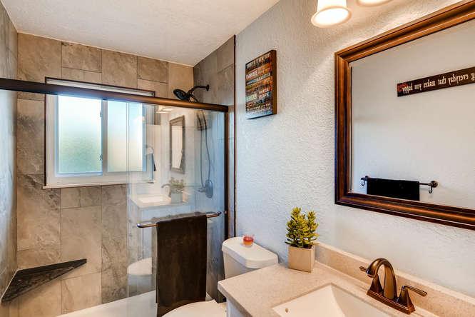 9162 Everett Way Westminster-small-017-20-Bathroom-666x444-72dpi.jpg