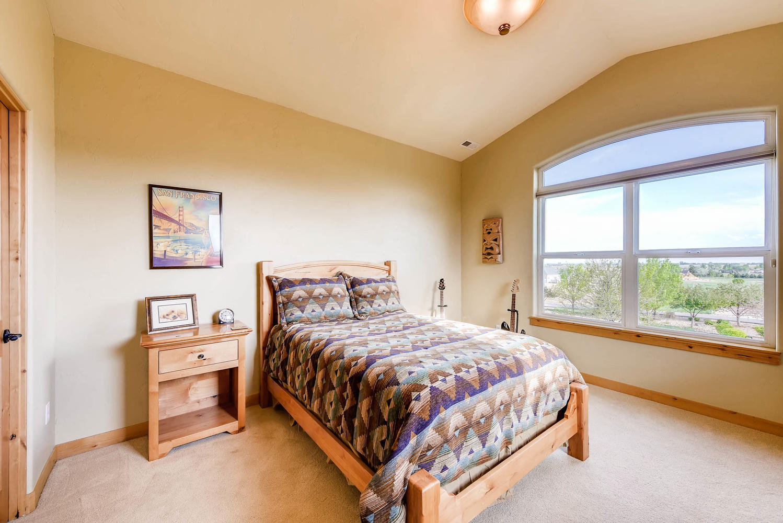 3417 Sweet Meadow Ct Mead CO-large-019-21-3rd Floor Bedroom-1499x1000-72dpi.jpg