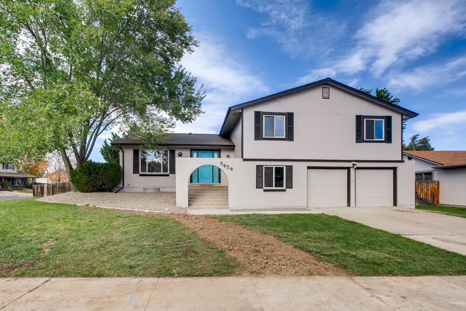 8454 Chase Dr Arvada CO 80003-large-001-18-Exterior Front-1500x1000-72dpi.jpg