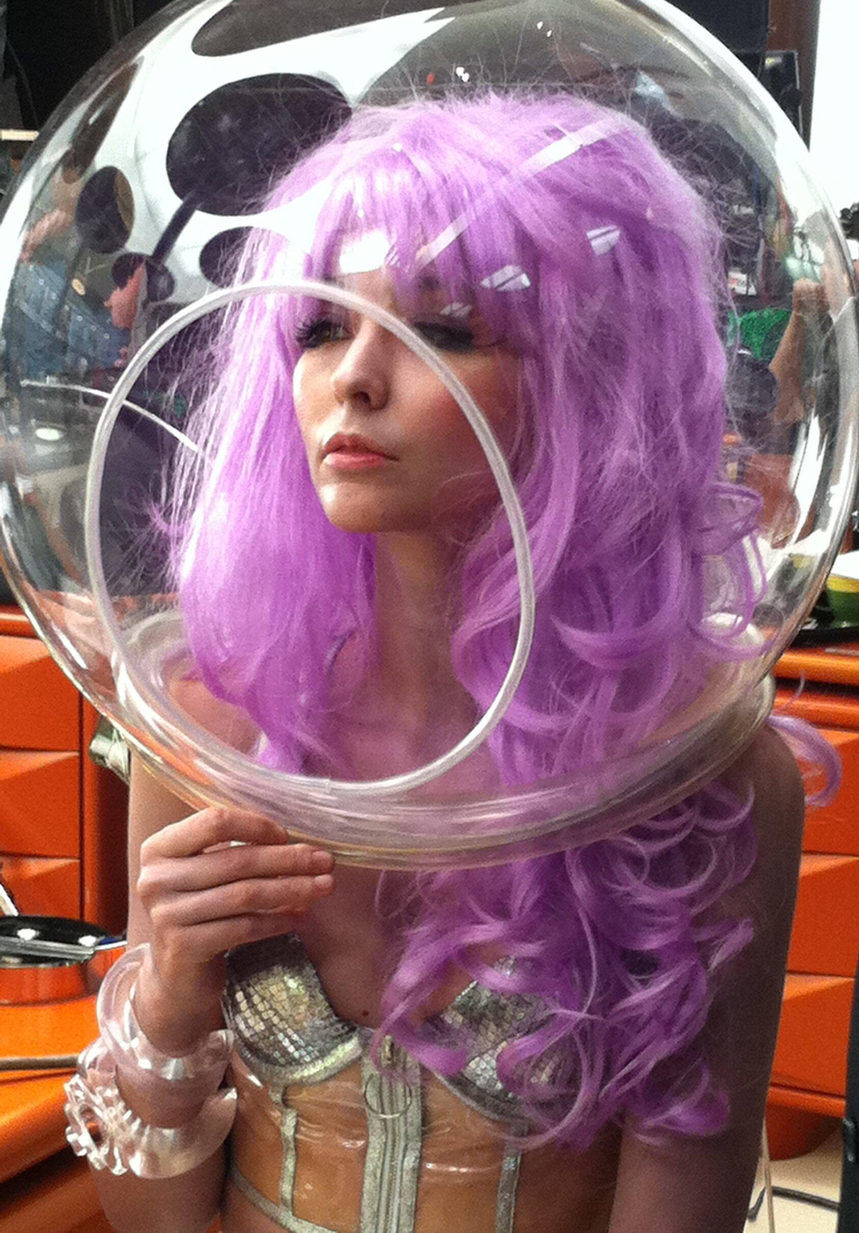 Stella Velon in 'Men in Black 3'