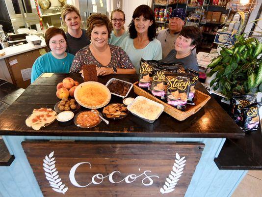 Coco's - 1053 Old Fulton Rd, Martin, TN 38237