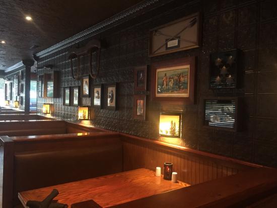 Bartolas Bar and Grill - 208 Lovelace Ave, Martin, TN 38237(731) 281-4444