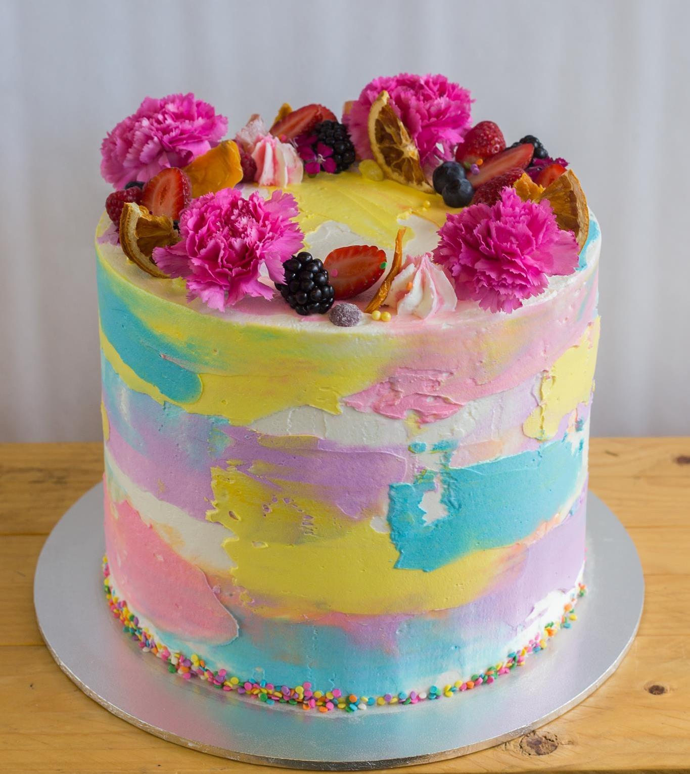 vegan cake decorating