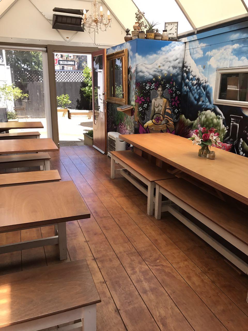 咖啡屋的户外庭院