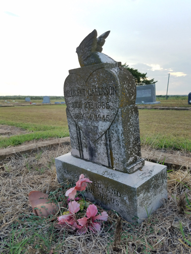 Gravestone in the Kimbro Cemetery