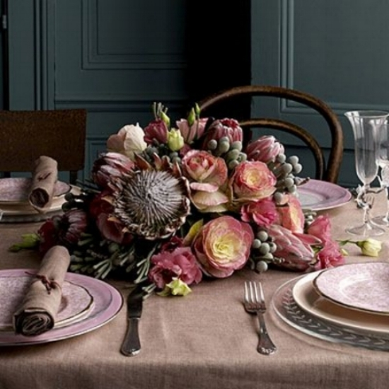 Jane Packer's Guide To Floral Arranging