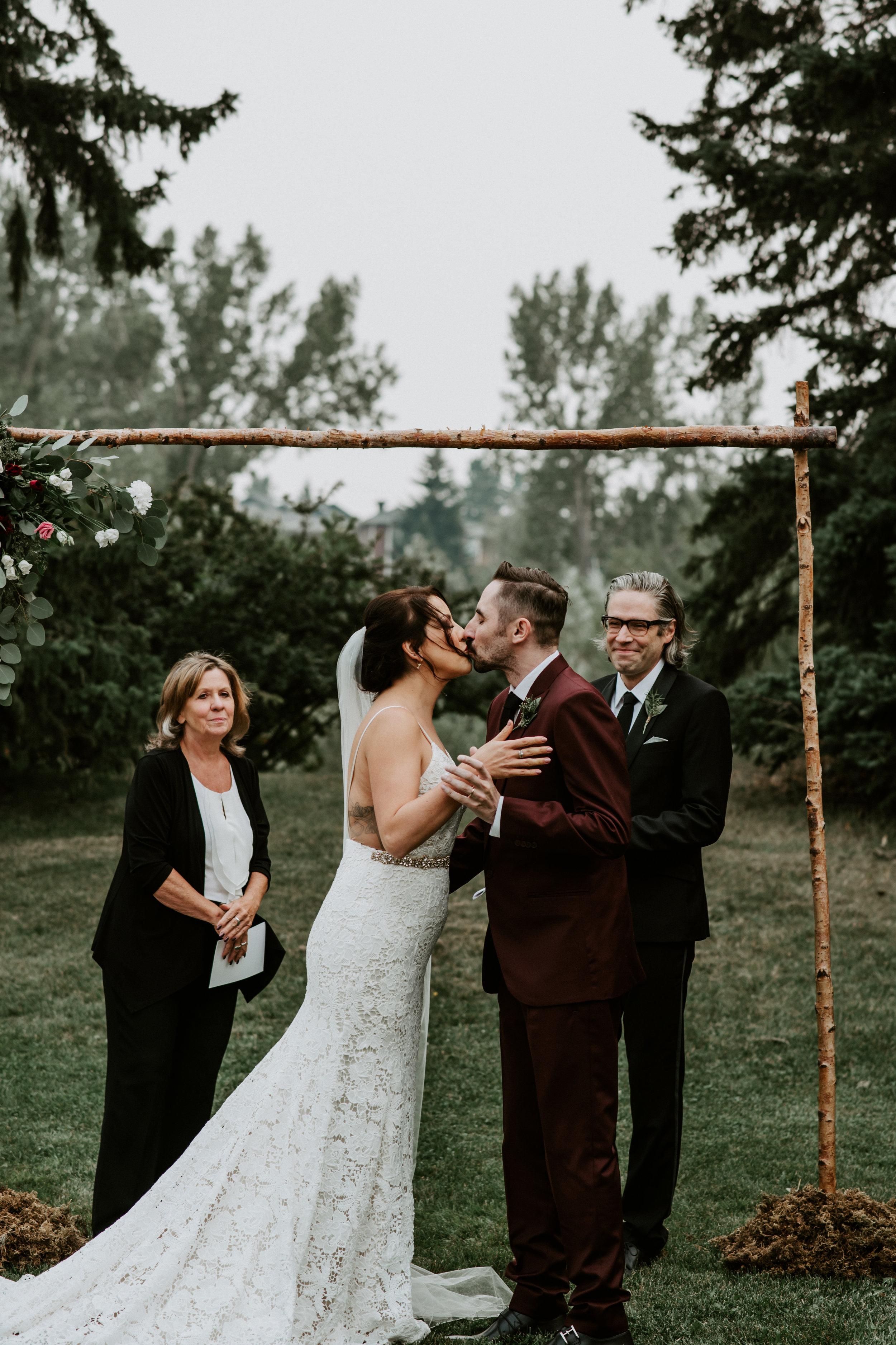 Calgary Wedding Photographer - 31 of 84.jpg