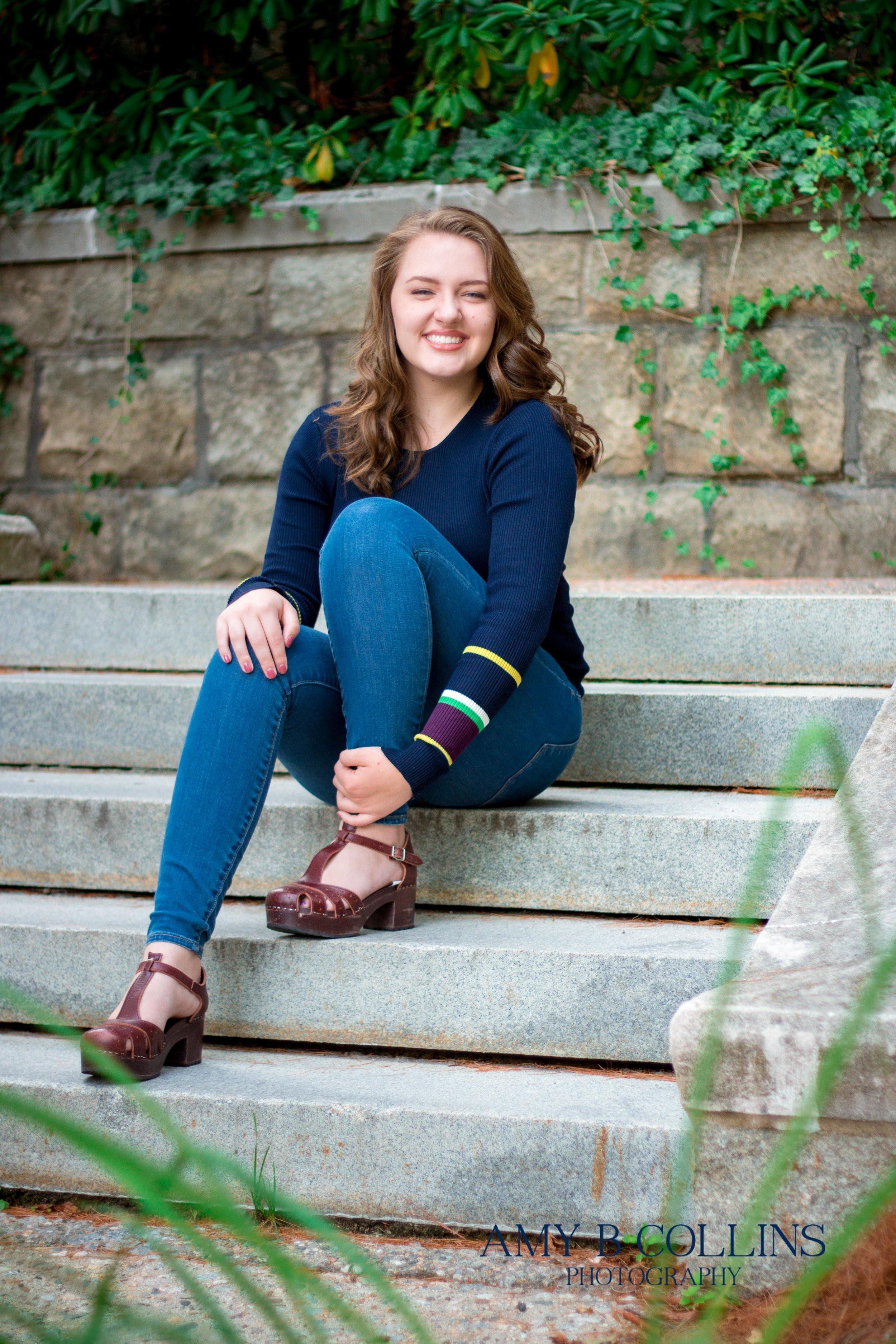 AmyBCollinsPhotography_SeniorSession_Sasha-2.jpg