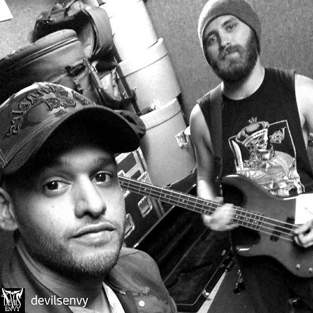 New @devilsenvy music coming soon! 🤘🔥 #rock #music #drums #guitar #bass #band #producer #engineer #prepro #production #writing #orlandomusicscene #nativeinstruments #universalaudio #studio
