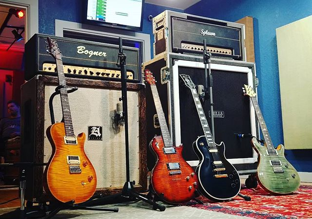 Options are always nice... • • • #guitars #gearporn #studio #music #engineer #producer #liveroom #cabinets #amps #shure #prs #paulreedsmith #gibson #gibsoncustomshop #bogner #splawn #daddario #nyxl #exp #mogami #fun #options #tone #olrandomusicscene #orlando #florida #uaudio #universalaudio