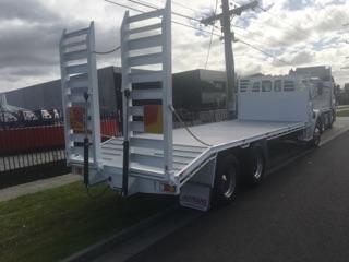 Custom built truck tray beaver hydraulic pumps