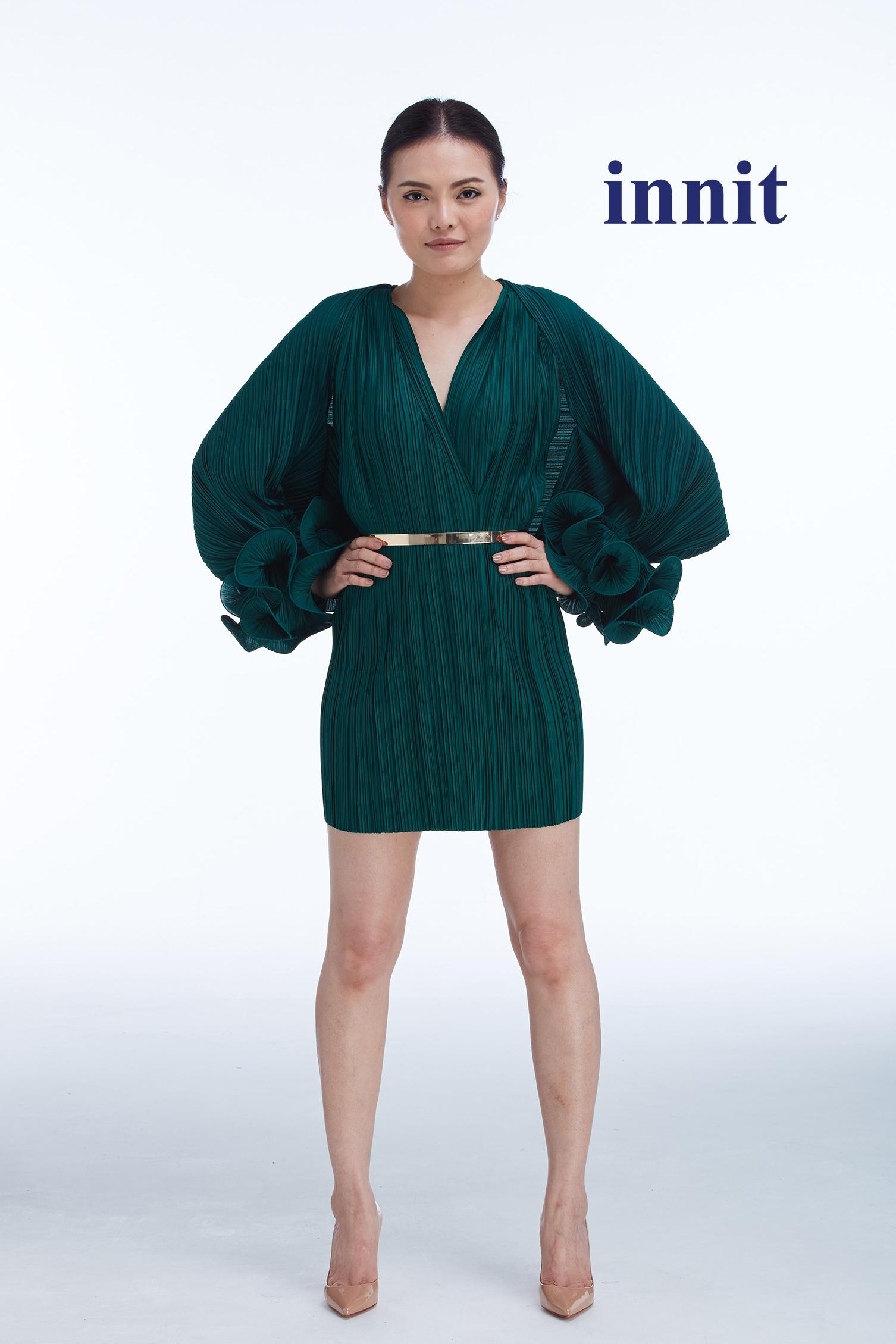 "AMBER SHORT DRESS 30""   B  eryl the Shawl    Plate Belt"