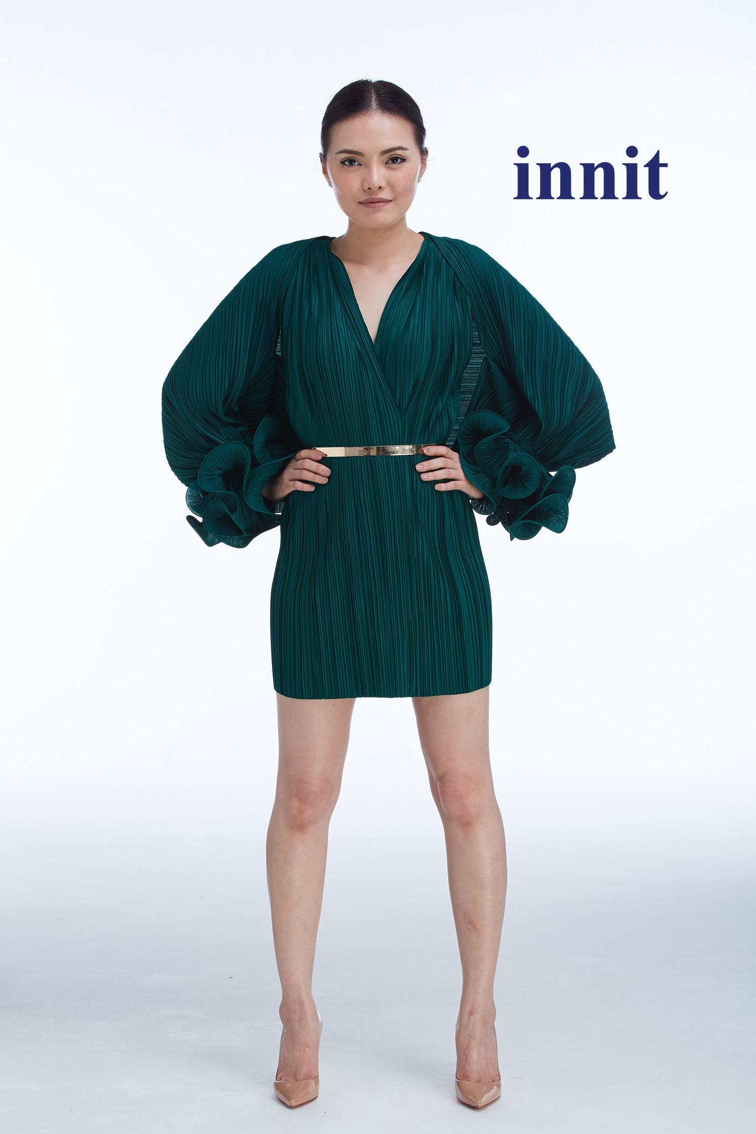 BERYL THE SHAWL   Amber Dress    Plate Belt