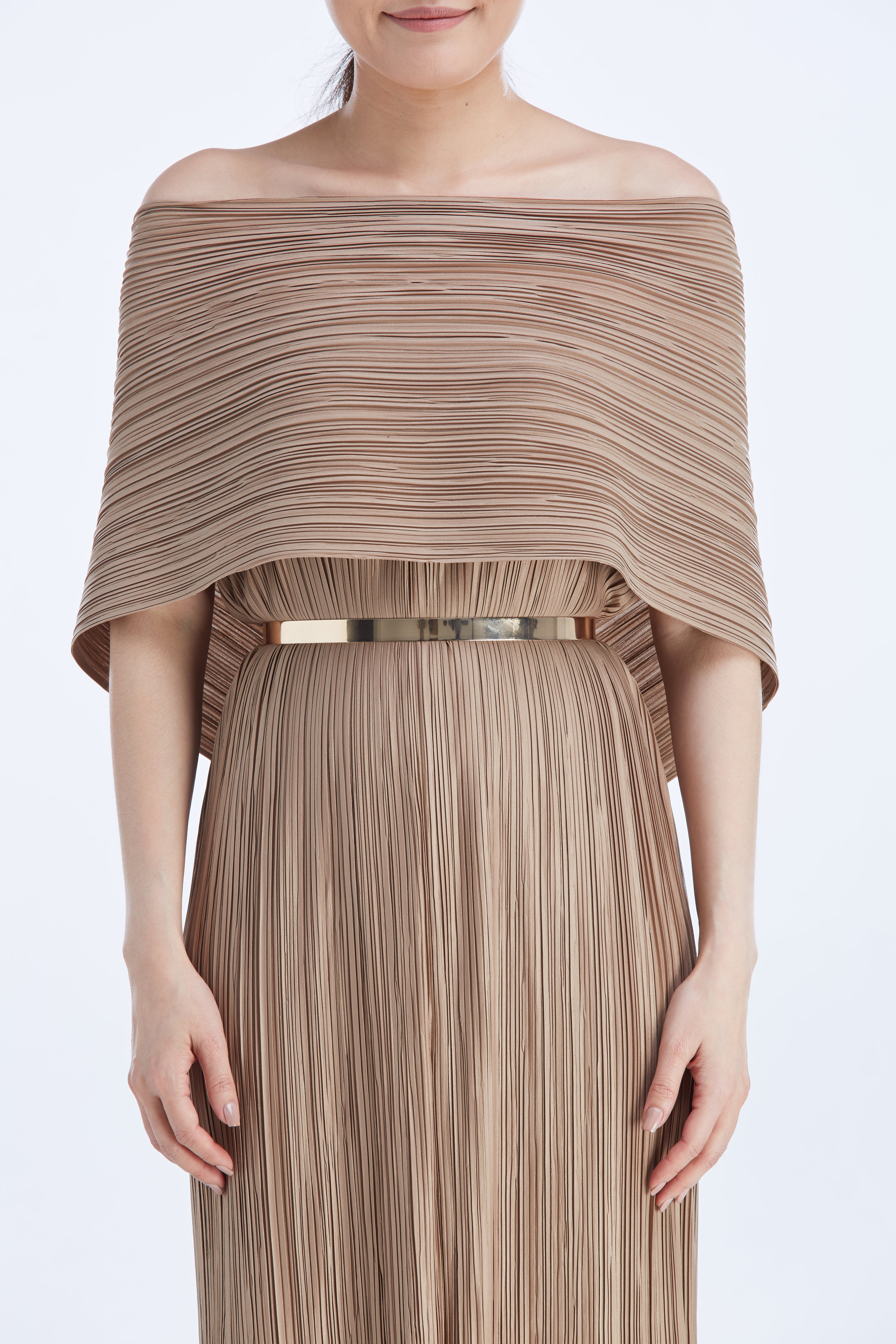 PLATE BELT (ROSE GOLD) worn with  OSCAR DRESS