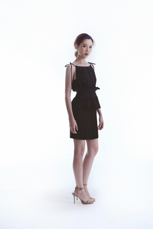 "Sim 30"" Dress worn with Obi Straight Belt"