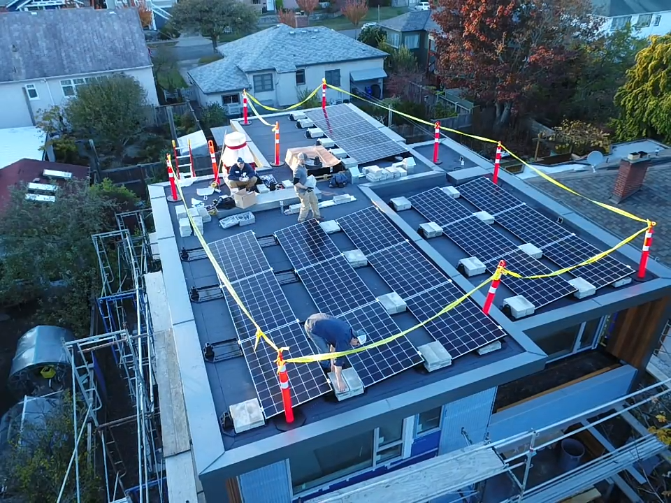 8.5kW Ballasted System - Oak Bay, BC