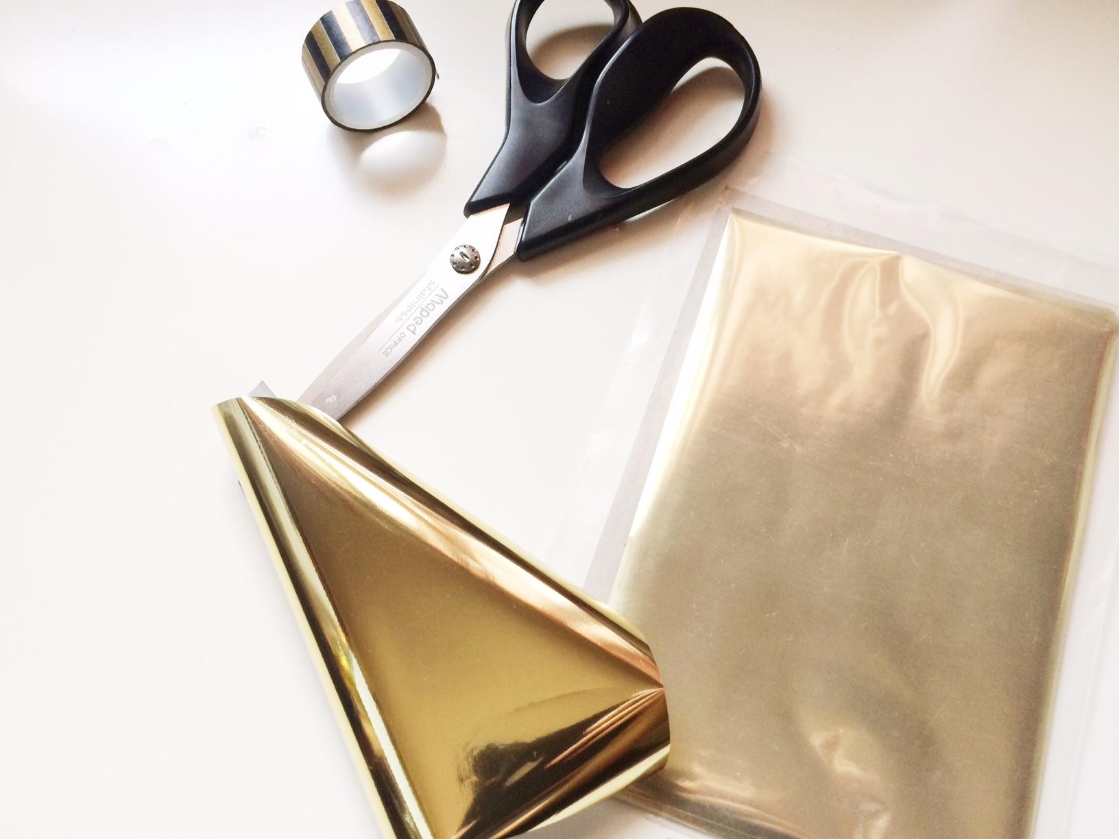 2_gold-foil_materials.jpg