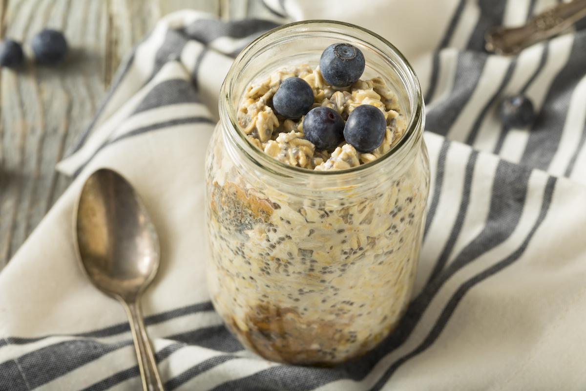overnight-oats-breastfeeding.jpg