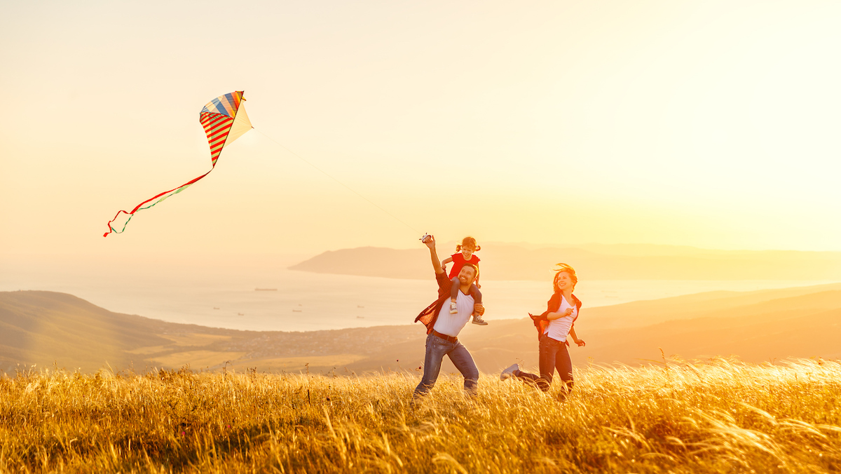 kite-family-sunset.jpg