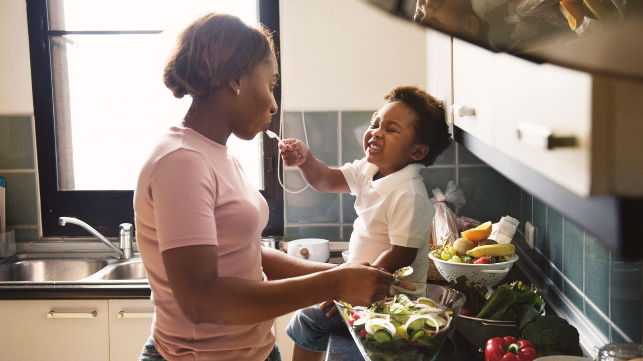 mother-cooking-with-child.jpg