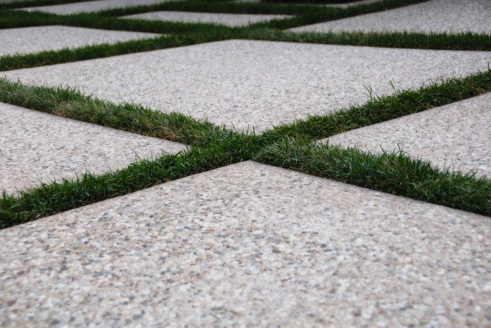 criss cross pattern on driveway installation in Dana Point, CA