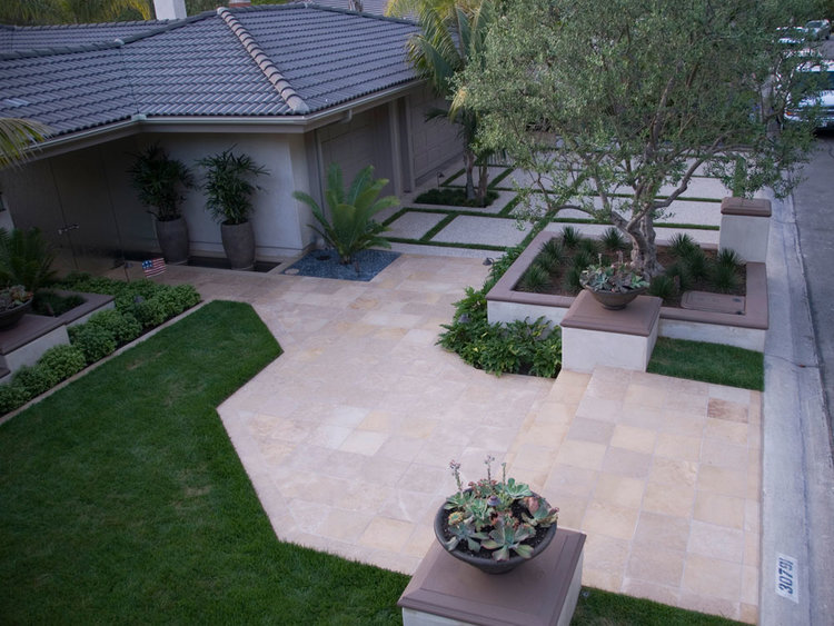 Landscape Construction and Planting for a Drought Resistant Backyard in Newport Beach CA