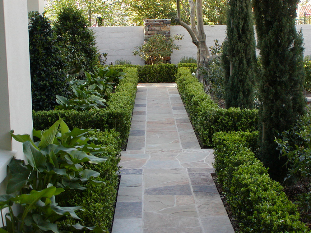 Stunning Ideas for Using Masonry in Landscape Renovations in Orange County CA
