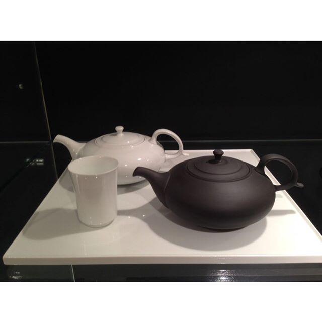 #teapot #madeinjapan #contemporarycraft