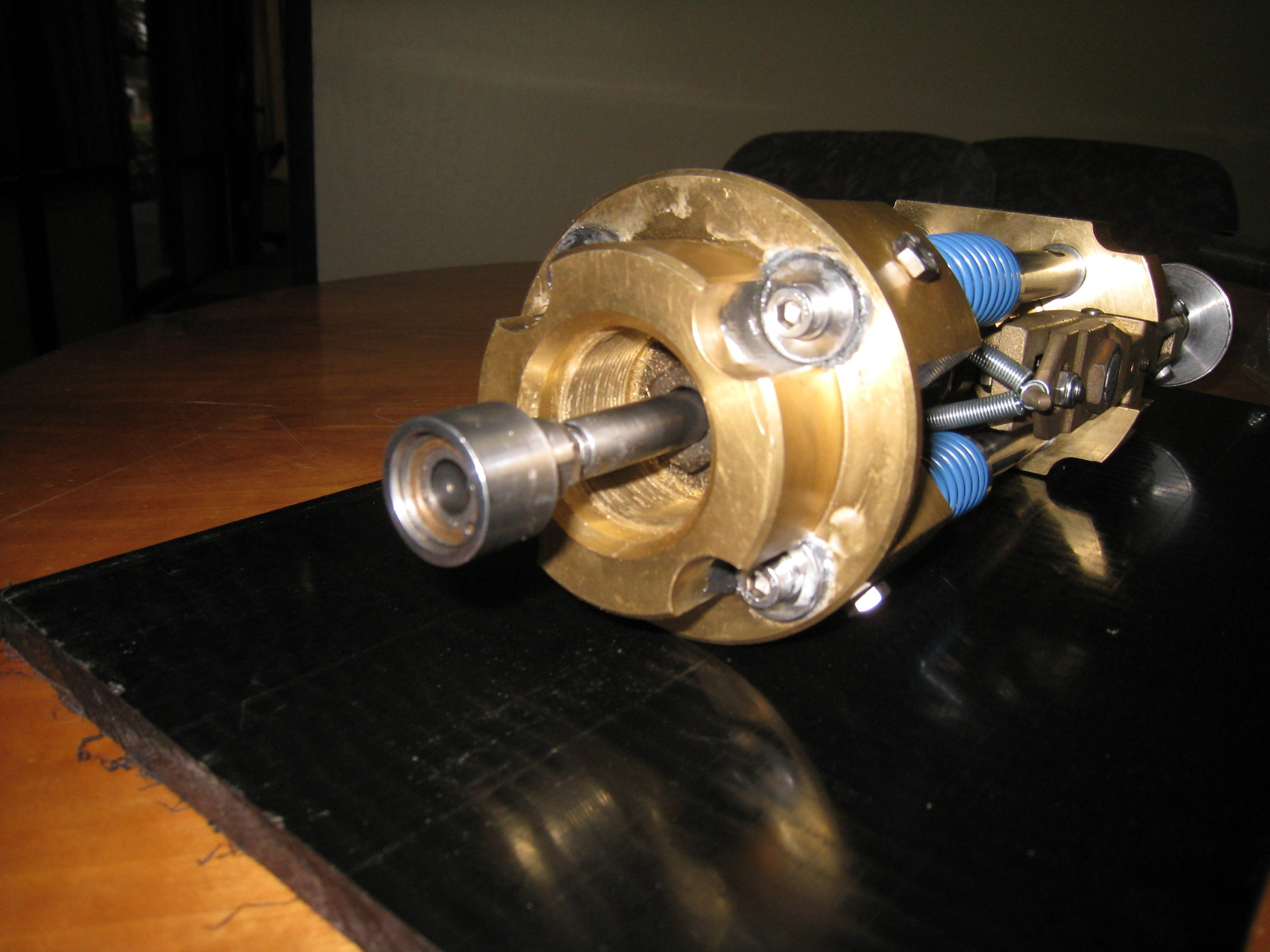 Capping Head