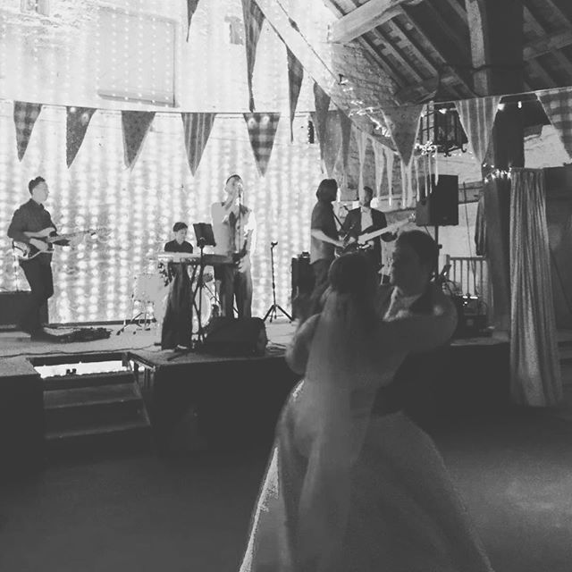 Lovely shot from @abijamess of tonight's #firstdance at Beth and Peter's wedding... What a lovely crowd!! #wedding #happycouple #weddingband #weddingsinger #love