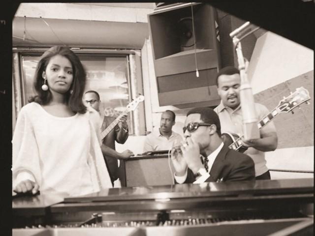 Sylvia Moy with (l-r) Jamerson, Van Dyke, Wonder, White