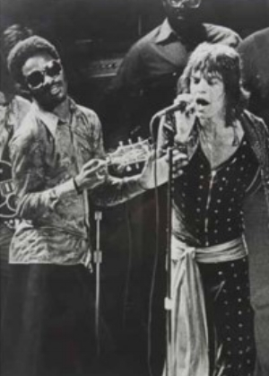 Stevie and Mick on stage, summer 1972