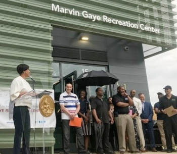 D.C. mayor Muriel Bowser celebrates the Prince of Motown