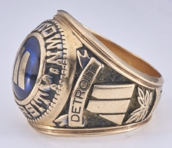 Motown U: college ring for the Class of '71